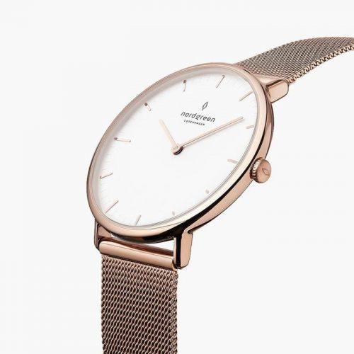 ノードグリーンの腕時計のネイティブの画像