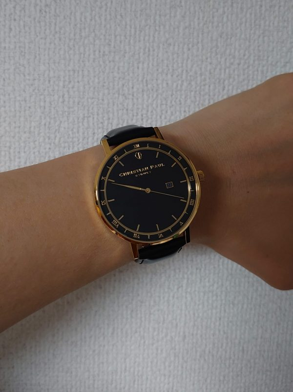 クリスチャンポールの腕時計着用画像