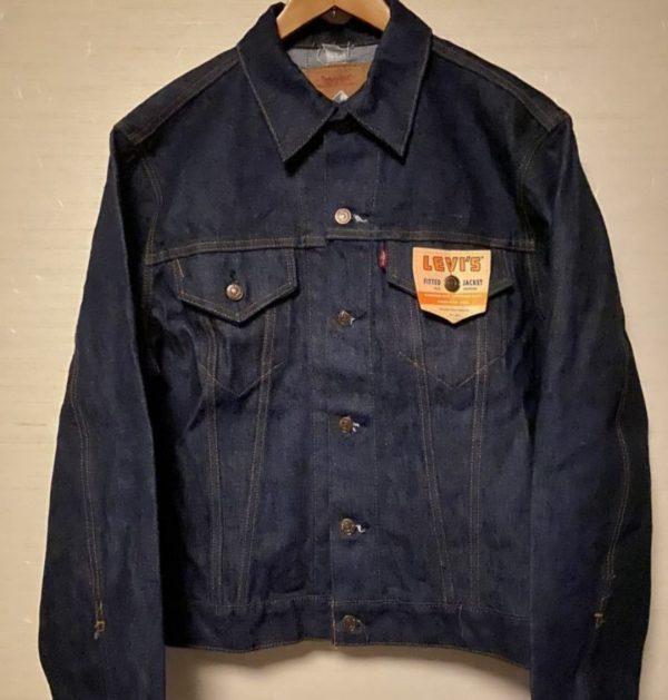 デニムジャケットフォースモデルの画像